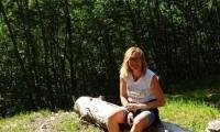 25-la-bella-nel-bosco-768x1024