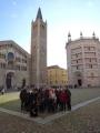 09 foto di metà gruppo in piazza